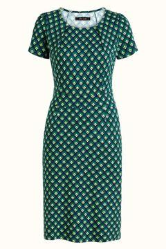 Mona Dress Pose