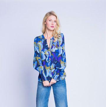 Kakhi Blue flowers Emily van den Bergh